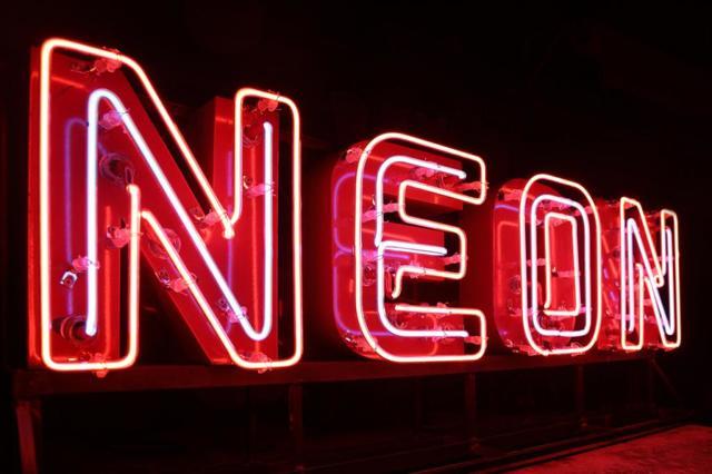 Неон и его характеристики